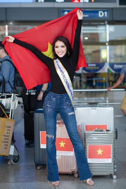 Tường Linh khoe vòng eo 53 cm hot nhất Vbiz ở sân bay - 2