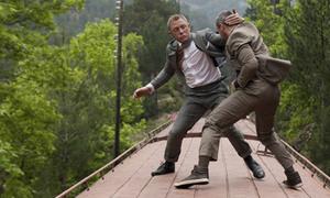 Cảnh chiến đấu thót tim trên nóc tàu hỏa không cần kỹ xảo trong 'Skyfall'