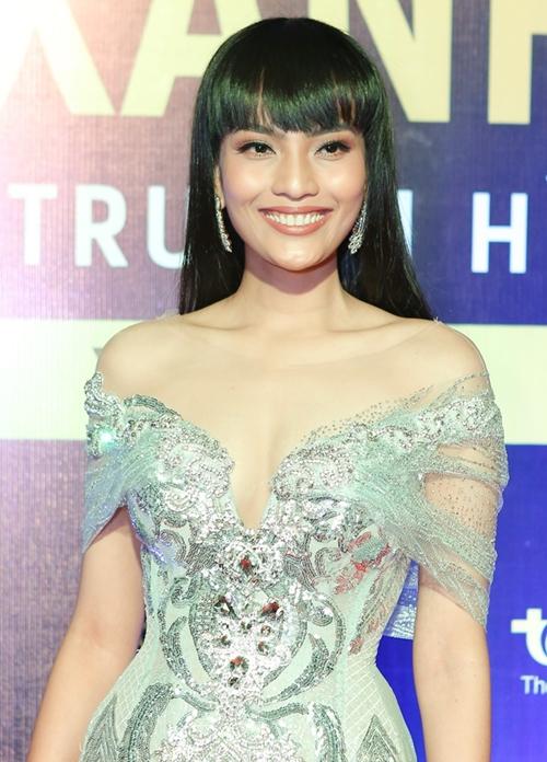 Rừng sao Việt đổ bộ thảm đỏ giải thưởng điện ảnh - 3