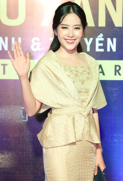 Rừng sao Việt đổ bộ thảm đỏ giải thưởng điện ảnh (2)