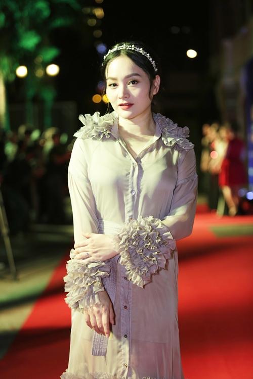 Rừng sao Việt đổ bộ thảm đỏ giải thưởng điện ảnh (2) - 8