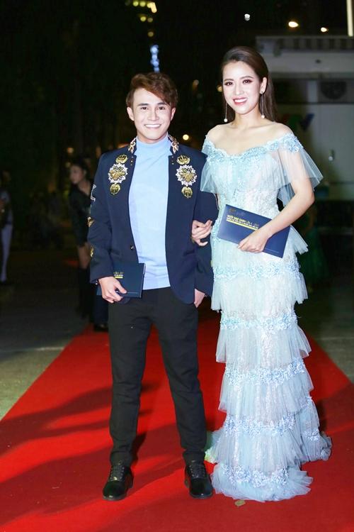 Rừng sao Việt đổ bộ thảm đỏ giải thưởng điện ảnh - 6