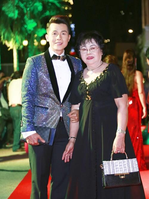 Rừng sao Việt đổ bộ thảm đỏ giải thưởng điện ảnh (2) - 9