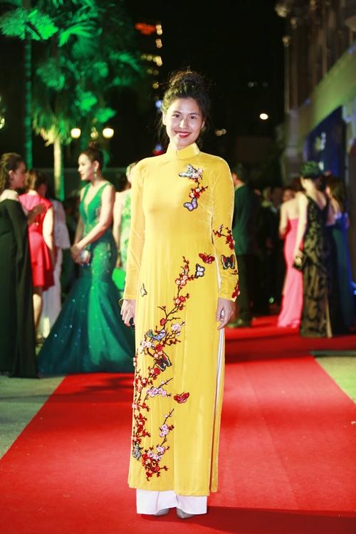Rừng sao Việt đổ bộ thảm đỏ giải thưởng điện ảnh (2) - 10