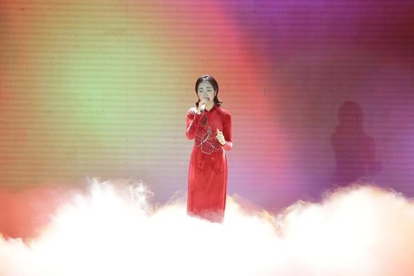 Gia đình hoa dâm bụt nắm tay Giang Hồng Ngọc vào chung kết hát bolero - 2