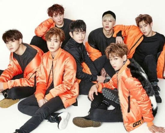 Quiz: Nhanh mắt tìm logo nhóm nhạc Kpop - 3