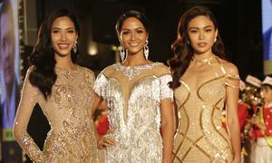 Hoa hậu H'Hen Niê đọ sắc 'rừng' sao Việt trên thảm đỏ