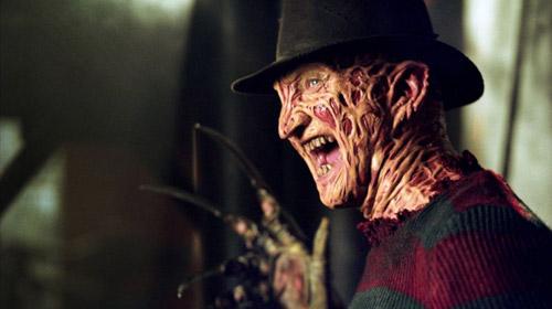 Cảnh tấn công trong bồn tắm trở thành biểu tượng của A Nightmare On Elm Street