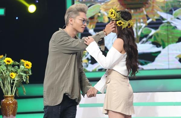 Bảo Kun từ chối tình cảm của cô gái khiến mình say nắng gây xôn xao.
