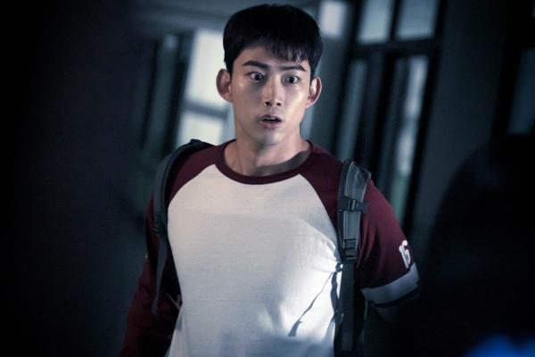 6 nhân vật trong phim Hàn có siêu năng lực nhìn thấy ma - 2