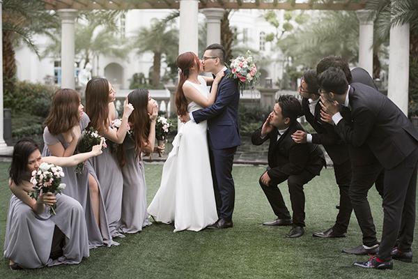 Em gái Trấn Thành lên xe hoa cùng bạn trai người Hong Kong - 7