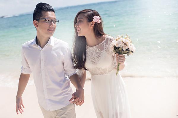 Em gái Trấn Thành lên xe hoa cùng bạn trai người Hong Kong - 1