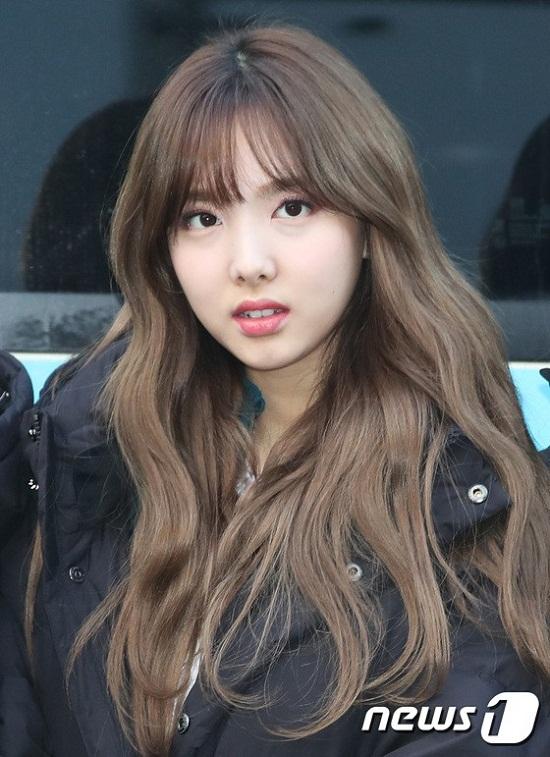 Na Yeon xinh xắn trước ống kính.