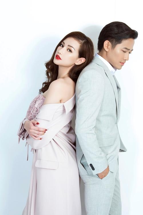 Quỳnh Chi thân mật bên Quý Bình như tình nhân - 1