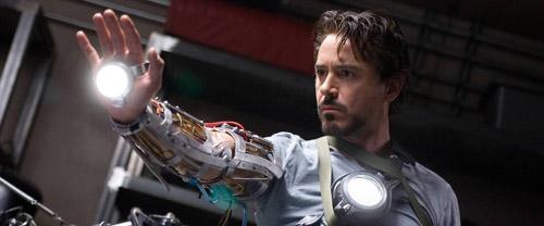 Tony Stark ngày ấy trông còn rất trẻ.
