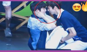 Những cảnh tình tứ của cặp nam - nam trong Kpop