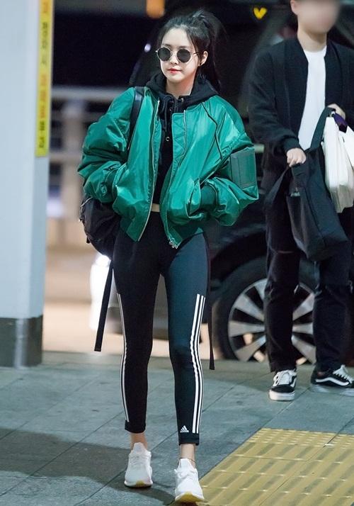 Mỹ nhân quần legging Na Eun được đền đáp sau khi gây sốt - 5
