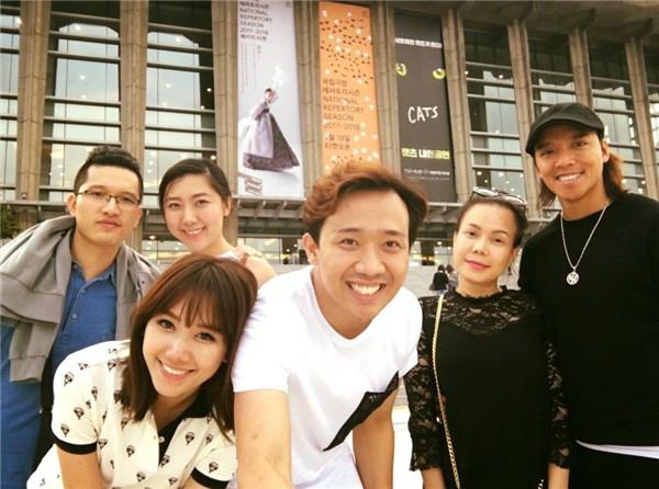 Trấn Thành - Hari Won góp công lớn trong hôn nhân của em gái - 1
