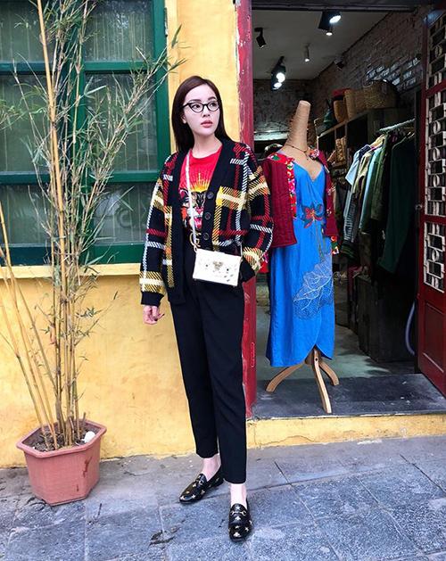 Đồ cool ngầu lên ngôi trong street style sao Việt tuần qua - 6