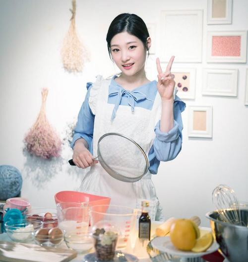 Những idol nữ Kpop có khả năng nấu nướng chuẩn nhất nhóm - 9
