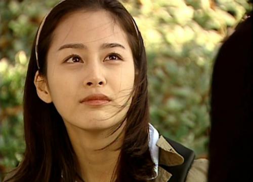 Chuyện tình Harvard là bộ phim đưa tên tuổi Kim Tae Hee vụt sáng.