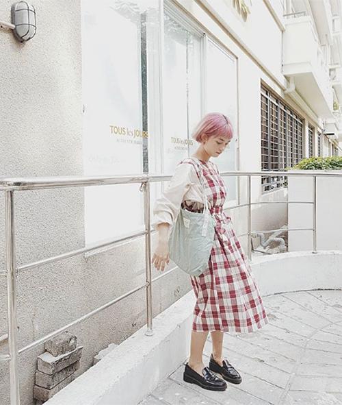 Chán túi da, ba lô sang chảnh, con gái Việt giờ chỉ thích túi vải bố đậm chất Hàn - 2
