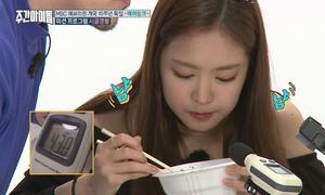 Cuộc thi ăn mỳ không phát ra tiếng khó đỡ của Apink