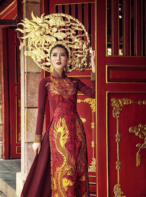 Trang phục dân tộc của Tường Linh tại Hoa hậu Liên lục địa - 4