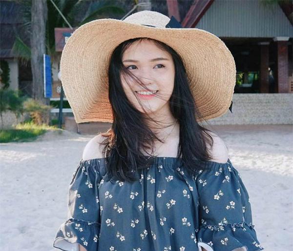 Người yêu xinh như hot girl của 4 tuyển thủ U23 Việt Nam - 8