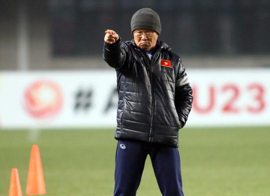 HLV Park Hang Seo: Người hùng của hàng triệu con tim yêu bóng đá Việt - 2