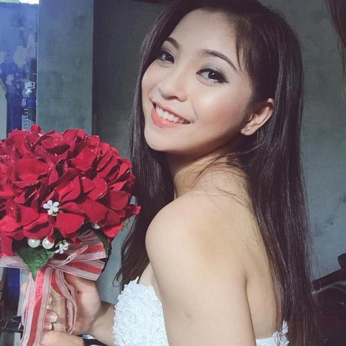 Bạn gái hot girl khiến tiền vệ Quang Hải gọi điện ngay sau trận thắng lịch sử - 3