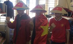 Những hình ảnh 'huyền thoại' CĐV dành cho U23 Việt Nam