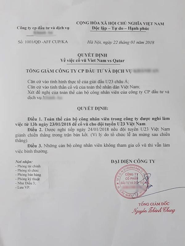 Công ty ra quyết định cho nhân viên nghỉ làm để ở nhà cổ vũ đội tuyển U23 Việt Nam.
