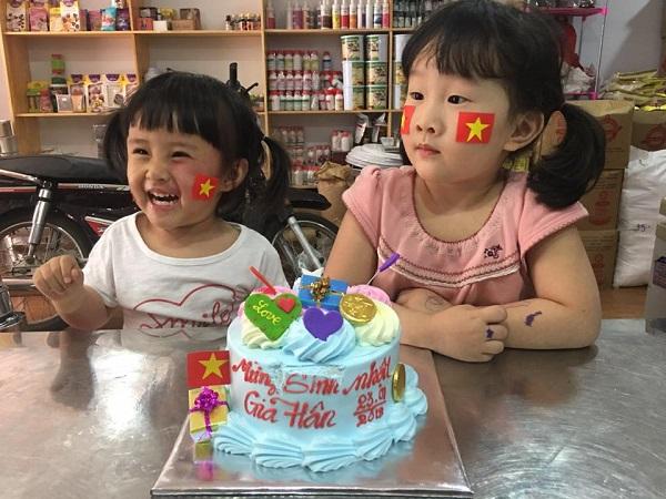 Những hình ảnh huyền thoại CĐV dành cho U23 Việt Nam trước thềm bán kết - 9