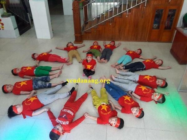 Những hình ảnh huyền thoại CĐV dành cho U23 Việt Nam trước thềm bán kết - 11