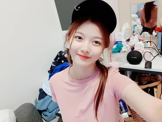 Kim Yoo Jung tuổi 20: Nhan sắc nữ thần, khí chất giống Hyun Ah - 8