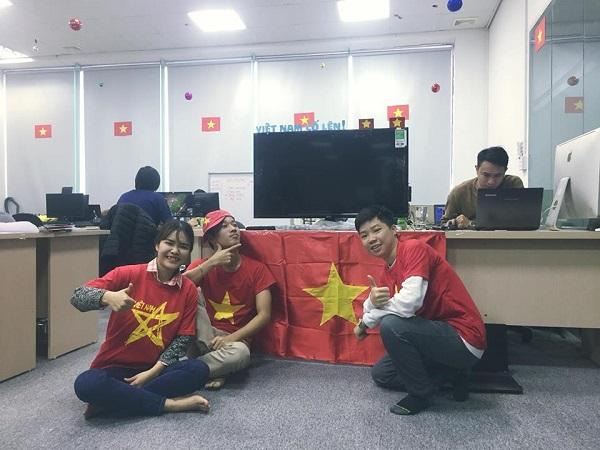 Những hình ảnh huyền thoại CĐV dành cho U23 Việt Nam trước thềm bán kết - 5