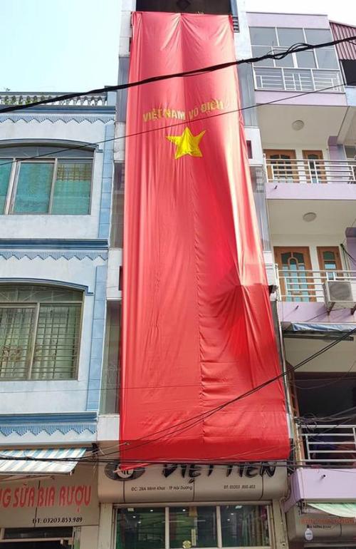Những hình ảnh huyền thoại CĐV dành cho U23 Việt Nam trước thềm bán kết - 7