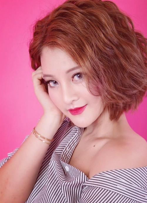Girl xinh ra quyết định bá đạo nếu Việt Nam thắng bán kết.