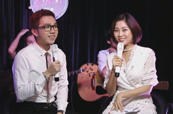 Tối qua (22/1), thay vì làm MC, Minh Xù trở thành nhân vật chính của số cuối cùng (mùa hai) trong chương trìnhMStory được phát sóng trực tiếp trên kênh V Việt Nam của V Live.