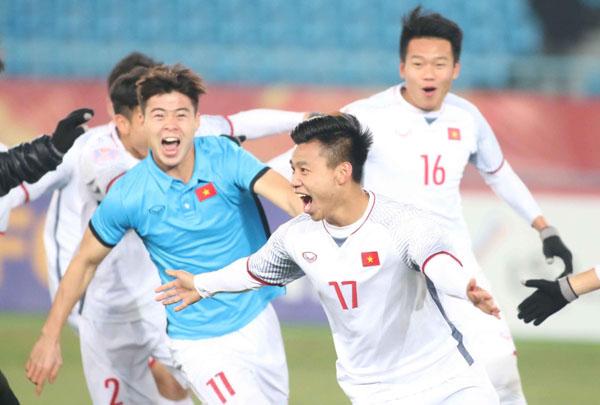 Hot boy U23 Việt Nam gây sốt với cách ăn mừng bàn thắng cool ngầu hết cỡ - 1
