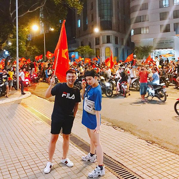 Khi sao Việt rũ bỏ sang chảnh, mất ngủ vì U23 Việt Nam - 10