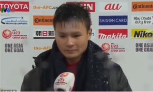 Quang Hải bật khóc cảm ơn người hâm mộ khi trả lời phỏng vấn