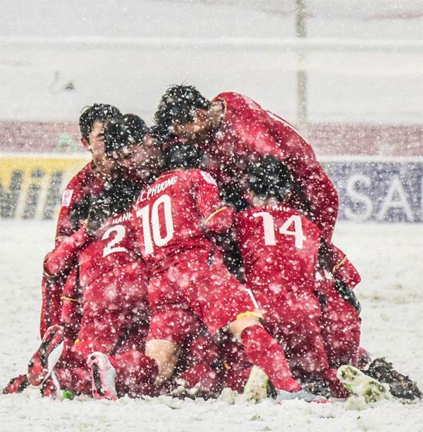 Bức ảnh U23 Việt Nam trong tuyết được lan truyền nhiều nhất trên mạng