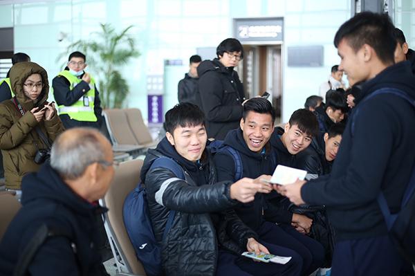 Thầy Park Hang Seo bị U23 Việt Nam chọc cười nghiêng ngả - 3