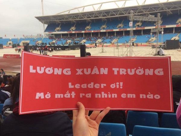 Những khẩu hiệu cổ vũ chất nhất của CĐV dành tặng U23 Việt Nam - 1