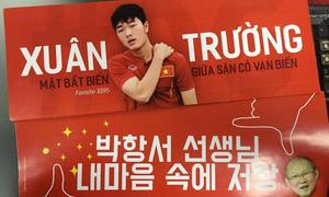 Những khẩu hiệu cổ vũ 'cực chất' của CĐV dành tặng U23 Việt Nam