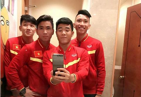 Nụ cười dễ thương của em út U23 Việt Nam Đoàn Văn Hậu - 3