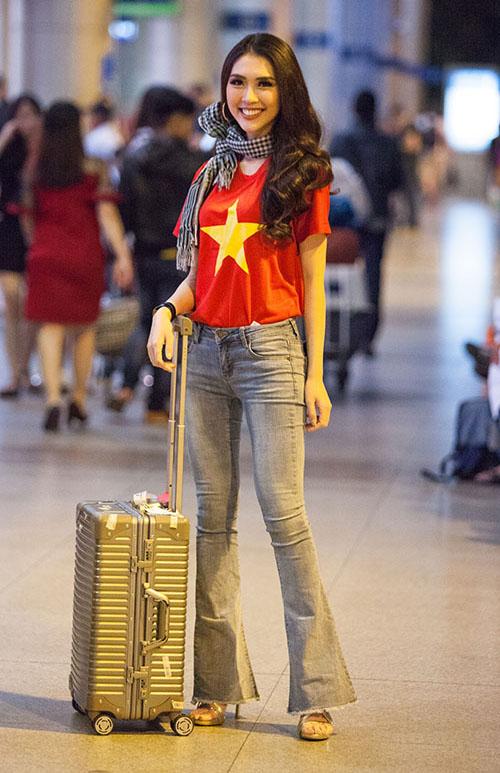 Mỹ nhân Việt diện áo cờ đỏ, sao vàng vẫn mix sành điệu như thường - 4