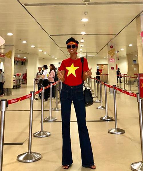 Mỹ nhân Việt diện áo cờ đỏ, sao vàng vẫn mix sành điệu như thường - 5